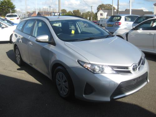 Toyota AURIS for sale at Mike Howlin Motor Sales Pembrokeshire